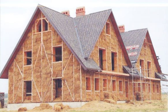 Architecture trends are constantly changing and are currently evolving toward sustainability thanks to innovative - and green focused - designers. Straw bale construction is one current eco-friendly trend even though it originated in the Palaeolithic era.